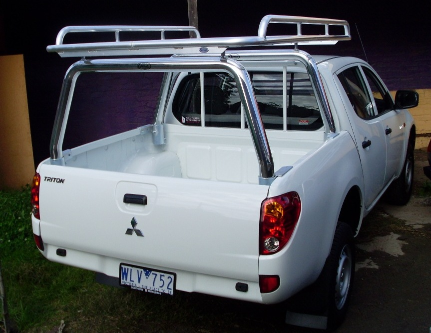 Ozrax: Australia Wide Ute Gear. Ute Accessories, Ladder racks ...